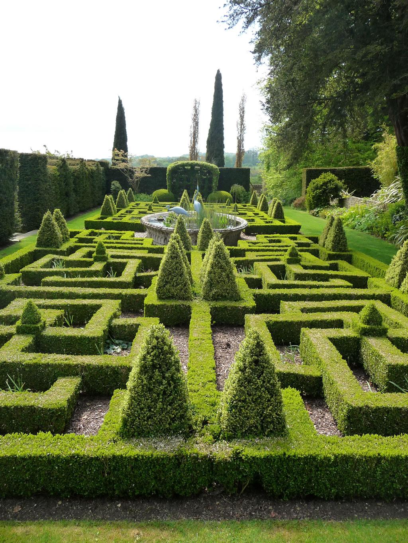 Gallery - Bourton House Garden
